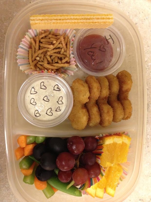 Cece's lunch last Thursday... W/W Chicken nuggets with organic ketchup, veggies with diary free ranch, chow mein noodles, and fruit for dessert.